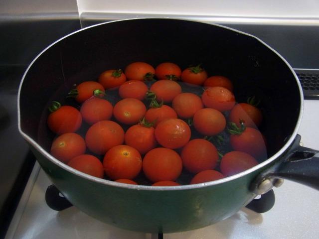 boiling-tomatos